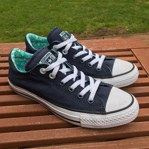 Converse women's sneaker 8